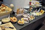 Umfangreiches Frühstücks-Buffet