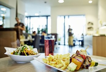 Mittagsangebote im Café in Bergheim